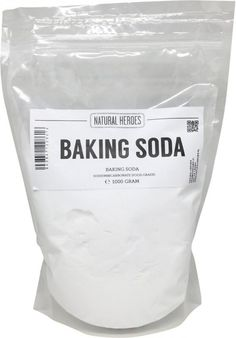 Baking Soda, 50 manieren om dit wondermiddel te gebruiken - Firma Huishouden Best Picture For vegan baking For Your Taste You are looking for something, and it is going to tell you exactly what you ar Home Remedies, Natural Remedies, Cleaning Painted Walls, Sodium Bicarbonate, Tips & Tricks, Vegetable Drinks, Simple Life Hacks, Natural Cleaning Products, Spring Cleaning