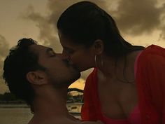 Zareen Khan's allegations about long kiss erotic scenes proven wrong Aksar 2 makers ATTACK the actress - International Business Times India Edition Zarine Khan Hot, Gautam Rode, Longest Kiss, Batman Love, Exotic Women, Most Beautiful Indian Actress, Latest Movies, Movie Trailers, Celebrity Gossip