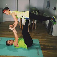 Hehehehehehhehehehehehehehehahahhahahahahahahahahahahahahahahahahahhahahhaha oliwhite thatcherjoe yoga challenge