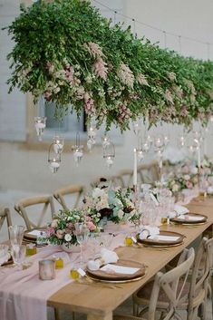 Beautiful bold greenery hanging centre piece, from article:  Trends In Wedding Decor 2019 ★ Top Wedding Trends, Wedding Themes, Chic Wedding, Floral Wedding, Wedding Colors, Wedding Ceremony, Wedding Flowers, Wedding Ideas, Wedding Designs