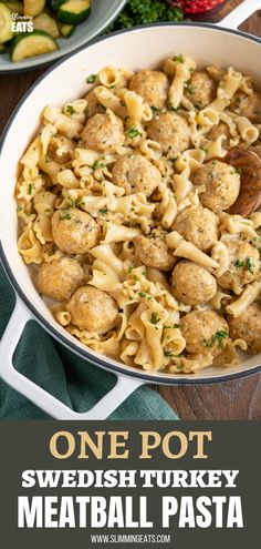 One Pot Turkey Swedish Meatball Pasta - delicious flavoursome swedish meatballs made with lighter ground turkey in a creamy style sauce with pasta. Slimming World and Weight Watchers friendly Easy To Cook Meals, One Pot Meals, Pasta Recipes, Cooking Recipes, Healthy Recipes, Swedish Meatball, Turkey Mince, Slimming Eats, One Pot Pasta