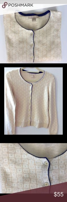 Banana Republic Sweater This gorgeous cream patterned sweater has the perfect pop of royal blue and looks great on anyone Banana Republic Sweaters
