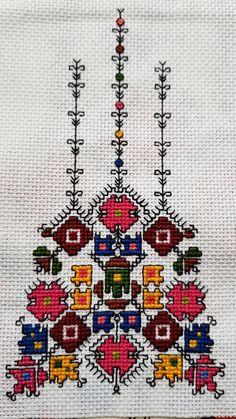Bulgarian embroidery Шевицата съм я шила по схема от книгата на Катя Матрова с малки вмъквания от моя страна! ❤