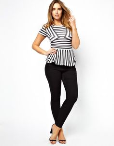 Swa Rai Picks: Plus Size Fashion for the Fall from ASOS . The trouble with fashion designers is that they consider this a plus size. No, we should not all be a size Curvy Outfits, Plus Size Outfits, Cool Outfits, Fashion Outfits, Fashion Tips, Fashion Ideas, Fashion Styles, Plus Size Fashion For Women, Plus Size Womens Clothing