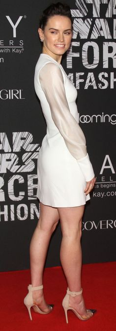 Daisy Ridley – Star Wars 'Force 4 Fashion' Event in New York Beautiful People, Most Beautiful, Beautiful Women, Beautiful Legs, Celebrity Look, Celebrity Dresses, Daisy Ridley Star Wars, English Actresses, Hot Brunette