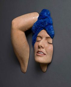 Hyper-realistic Sculptures by Carole Feuerman It's incredible how real these amazing hyper-realistic sculptures by Carole Feuerman looks. Carole Feuerman is widely acknowledged as one of the world's most prominent hyper-realist sculptors. She has been included in prestigious exhibitions at, among other venues, the Metropolitan Museum of Art in New York, the State Hermitage Museum in St. Petersburg, Russia, and the Palazzo Strozzi in Florence, Italy.