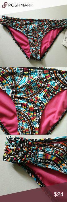 2x$35 Nwt Liz claiborne swim bottom Multicolored Cute design on sides Swim Bikinis