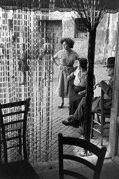 Photo by Henri Cartier-Bresson. Rome, 1952.