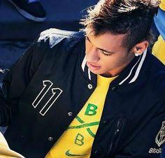 Neymar Jr, Barcelona, Good Soccer Players, Play Soccer, World Cup 2014, Best Player, My Guy, Messi, Gorgeous Men