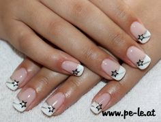 White-silver design nails The post White-silver design nails appeared first on nageldesign. French Nails, Ongles Gel French, Gel French Manicure, French Manicure Designs, White Nail Designs, Diy Manicure, Cool Nail Designs, Nails Design, French Manicures