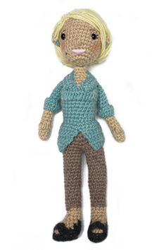 Free Crochet Pattern L10647 Martha Stewart Doll with Poncho and Dog : Lion Brand Yarn Company