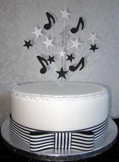 Musical Note Cake Topper Black And White With Diamante Treble Clef Suitable For A 20cm Cake