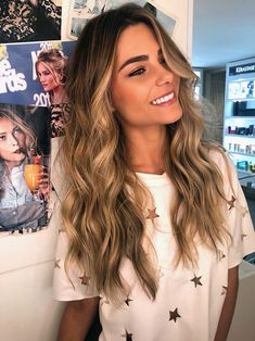 Side Swept Waves for Ash Blonde Hair - 50 Light Brown Hair Color Ideas with Highlights and Lowlights - The Trending Hairstyle Brown Hair Balayage, Brown Blonde Hair, Blonde Highlights, Ombre Hair, Wavy Hair, Dyed Hair, Caramel Highlights, Chunky Highlights, Color Highlights