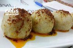 Yalancı İçli Köfte Tarifi Turkish Meatballs, Baked Potato, Sweet Potato, Platter Board, Turkish Recipes, Ethnic Recipes, Homemade Beauty Products, Muffin Recipes, Mac And Cheese