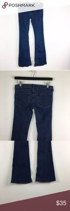 "Free People Denim Flare Bell Bottom Jeans Name Brand: Free People Condition: Pre Owned,  Good Condition light wear, No flaws to note  Size: 27 (see measurements)  Color: Medium Blue Wash  Style: Bell Bottom  Material: Cotton Blend   Always check the measurements, label sizes are not consistent.   Measurements are approx and are of item laying flat and unstreched: Waist: 15"" Rise: 7"" Inseam: 31"" Length: 38"" Flare: 9"" Across Free People Jeans Flare & Wide Leg"