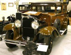 1930 Viking 4-Door Sedan - R.E. Olds Transportation Museum