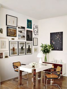 Art grouping + table desk space via vogue
