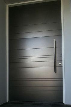 original puerta de estilo minimalista                                                                                                                                                                                 Más