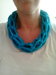 Tshirt sjaal zelf gemaakt ...