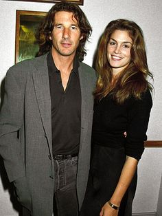 not in movie just in real life Cindy Crawford Richard Gere Richard Gere, Hollywood Couples, Celebrity Couples, Cindy Crawford 90s, Chica Heavy Metal, Cindy Crowford, 1990 Style, First Ladies, Bathing Costumes