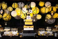 bringing the yellow, black, and white wedding to my level