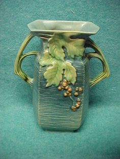 ROSEVILLE POTTERY BUSHBERRY HANDLED BLUE VASE #33-8""