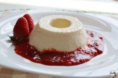Manjar dos Deuses, é uma delícia! Uma sobremesa deliciosa, com calda de morango! O manjar não vai ao fogo, é preparado tudo no liquidificador. Outras Recei