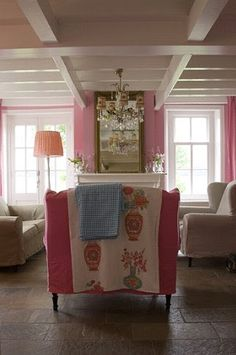 From the exposed beams to the chandelier love it! Love pink.