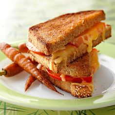 Grilled Cheese Sandwich with Tomato