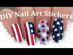 Easy American Flag of July Nail Art Nail Art Diy, Easy Nail Art, Diy Nails, Nail Designs Spring, Nail Art Designs, American Flag Nails, Birthday Nail Art, Flame Nail Art, Presents For Girlfriend