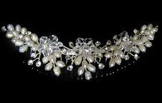 Tocados de Novia, Horquillas para novia, flores, tiaras, tocados de plumas, tocados con cristal, tocados para bodas