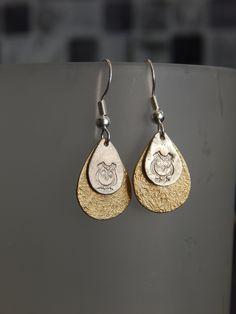 """Boucles d'oreille """"Double"""" dorées/argentées motif HIBOU : Boucles d'oreille par bijou-lie"""