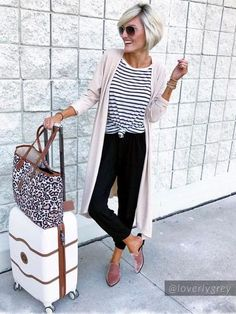 Layer this soft versatile long cardigan by Goodnight Macaroon over a polished blouse or casual top for fashionable, cozy-chic outfit! Cream Cardigan Outfit, Cardigan Outfits, Long Cardigan Outfit Summer, Outfit Winter, Chic Outfits, Spring Outfits, Fashion Outfits, Casual Friday Work Outfits, Casual Travel Outfit