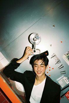 Kim Min Gyu, Jellyfish Entertainment, Rapmon, Mingyu, Boyfriend Material, Hot Boys, My Boyfriend, Pretty People, Boy Bands