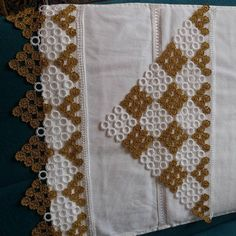 Bead Crafts, Diy Crafts, Moda Emo, Baby Knitting Patterns, Crochet Lace, Quilts, Blanket, Create, Crochet Bedspread Pattern