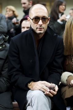The only Milan in the World - Yes thats Mister Vukmirovic if you will. Boh-Ring-It Vogue Fashion, Fashion Photo, Mens Fashion, Fashion 2015, Fashion Outfits, Bald Men Style, Man Style, Milan Vukmirovic, Cute Art Styles