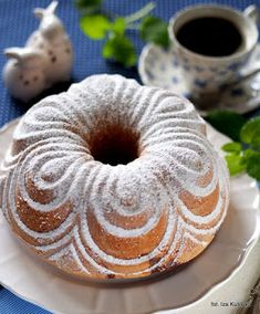 What a beauty Polish Recipes, Polish Food, Bagel, Doughnut, Biscuits, Recipies, Good Food, Food And Drink, Easter