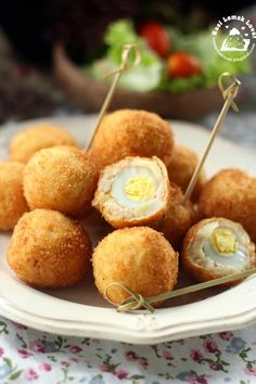 The other day i was planning to make some croquette (a breadcrumbed fried potato ball) for the bento lunch to send for my son in the schoo...