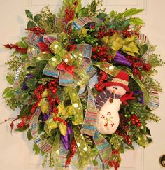 18) Christmas Door Wreath, Snowman, Many Colors  24 christmas wreaths for reference