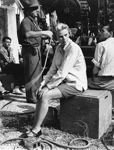 Izis Bidermanas // Grace Kelly sur le tournage de La main au collet d'Alfred Hitchcock , 1955