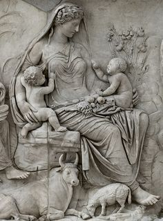 Panel of Tellus (close-up). Left part of the east facade of the Ara Pacis Augustae (upper panel). Rome, Altar of Augustan Peace (Ara Pacis Augustae). Sculpture Art, Ancient Roman Art, Mural Art, Relief Sculpture, Statue, Roman Sculpture, Art, Ancient Sculpture, Art History