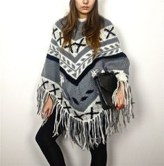 vintage crochet sweater jumper coat PONCHO door ilvecchioarmadio