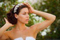 Kofpschmuck für die Braut von das weddings Ⓒ Peter Berger Headpieces, Weddings, Fashion, Cordial, Moda, Fashion Styles, Head Coverings, Mariage, Wedding