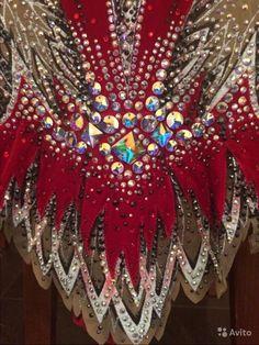 Купальник для худ. Гимнастики. Рост 148-158 см. Невероятно красивый, ярко-малиновый цвет, более 5 тыс стаз Swarovski. Соверше...