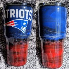 New England Patriots Tumbler New England Patriots Wallpaper, New England Patriots Game, Diy Tumblers, Custom Tumblers, Glitter Tumblers, Patriots Football, College Football, Tumblr Cup, Glitter Glasses