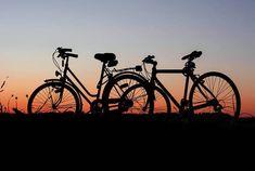 Non solo auto la Cina lavora alle prime bici a guida autonoma Go Camping, Camping Hacks, Outdoor Camping, Camping Outdoors, Support Moto, Costa Rica Reisen, Pompe A Essence, Flora Und Fauna, Kayak Rentals