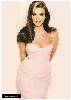Sencillamente @Thalia! Reina de corazones :)