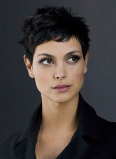 Morena Baccarin is just insanely beautiful as well...