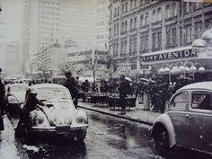 Curitiba enfeitada pela neve de 1975 - Rua XV