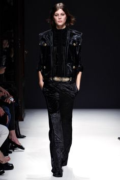 Balmain Fall 2012 Ready-to-Wear Fashion Show - Lydia Willemina Collins (OUI)